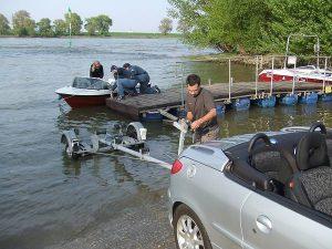 Slippen am Rhein: ein bisschen weiter rein wäre auch ok gewesen