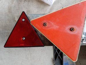 altes und neues Rückstrahler-Dreieck
